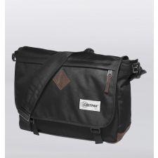 Луксозна Чанта Eastpak в елегантен черен цвят, Код F246
