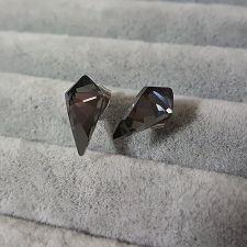 Обеци украсени със SWAROVSKI® KITE FANCY Crystal на винт, ръчна изработка в Silver Night** AB - Черен цвят, Код PR E607