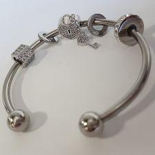 Гривна с талисмани ПЪТ КЪМ УСПЕХА, Swarovski® Pave Beads, Код PR B533