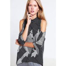 Дамска риза NEW LOOK в черно и бяло с голи рамене, Размер S-M, Код BL0094