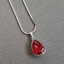 Колие с кристали SWAROVSKI® SLIM TRILLIANT в Scarlet - Червен цвят, Код PR N633