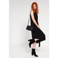 Оригинална Чанта DKNY в стилен черен цвят, Код F234
